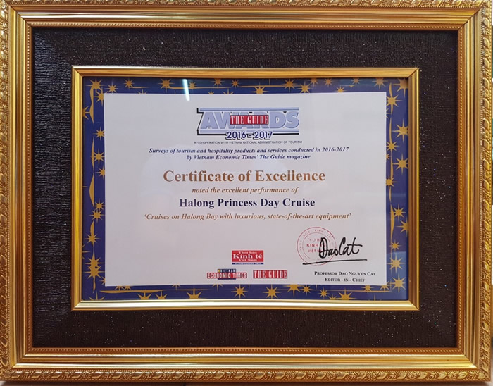 Halong Princess Day Cruise continued to receive the 3rd consecutive year award from The Guide and Vietnam Economic Times for quality of the service and state-of-the-art equipment.